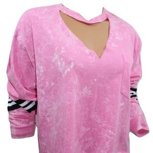 VS PINK campus crop cropped pocket tee tie dye